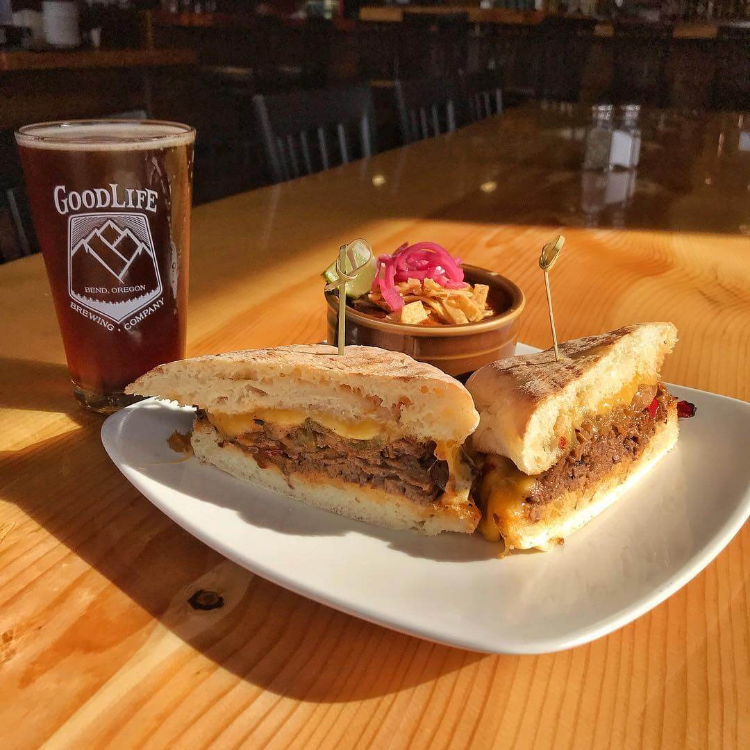 We've got a great special in the #pub for you, today! It's a Steak Sando with smoked Gouda, spicy horseradish, caramelized onions and peppers on a locally baked ciabatta roll served with Pass Stout steak chili for $13.50! Pair it with a pint from a new batch of Redside Red IPA for the ultimate combo!