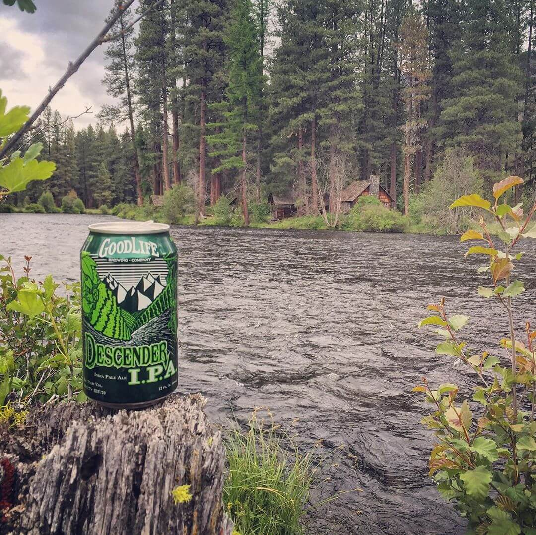 Spring days are pretty tough to beat in the PNW! #whatsyourgoodlife #descenderipa