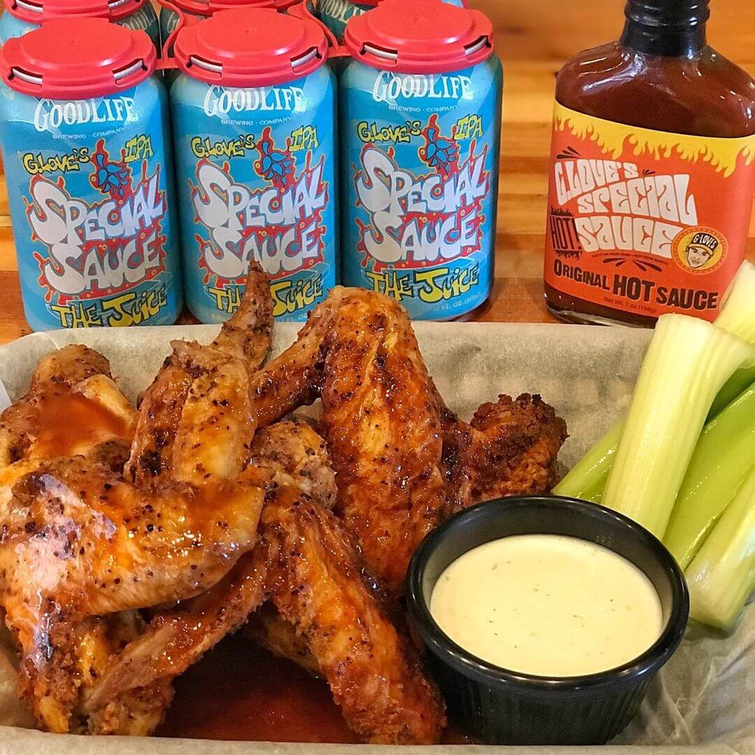 It's Local's Day and we are serving up some special wings made with @gloveshotsauce for ya! For a limited time, we are selling 7oz bottles of the hot sauce and a 6-pack of The Juice IPA for $20 in the pub only so come on down, grab some food and take some goodies home! #whatsyourgoodlife