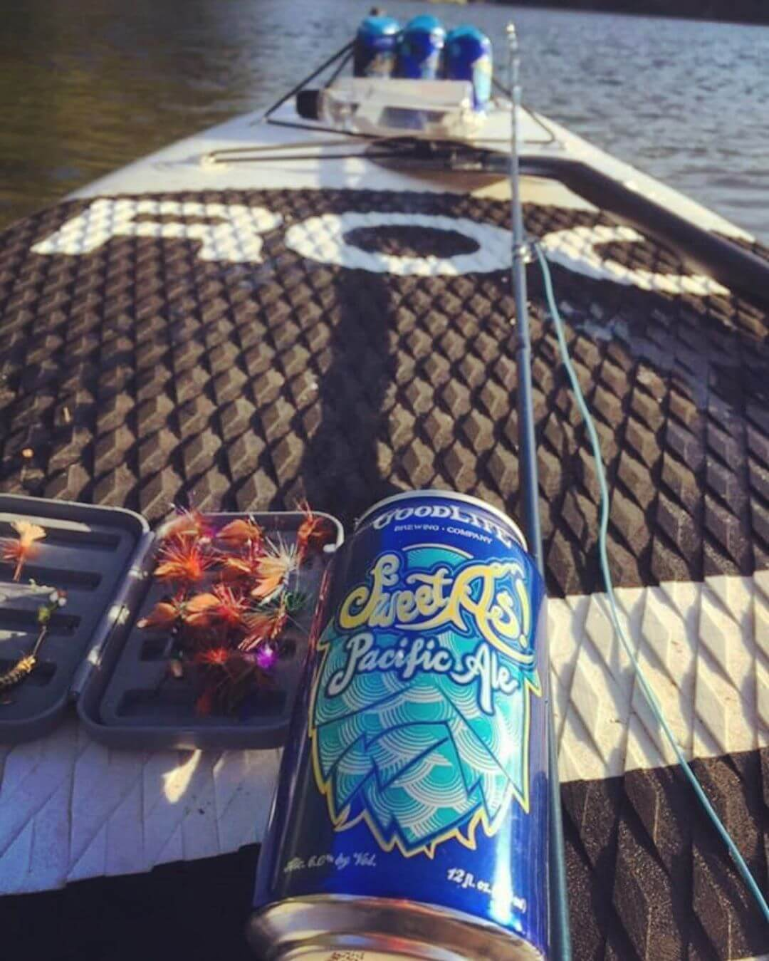 The early bird gets the fly… or a cold Sweet As! @nw_mtn_hemlock is making us jealous we aren't out on the water this morning! #whatsyourgoodlife #sweetaspacificale 📸: @nw_mtn_hemlock
