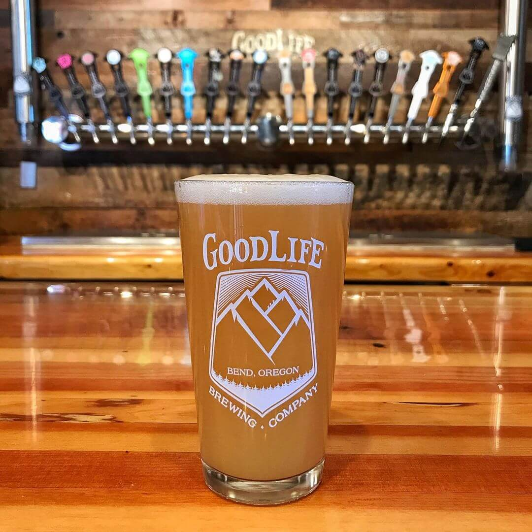 Fresh out of the tank and ready for your enjoyment, Sippy Cup Hazy Pale is tasting mighty tasty! Get it on draft in the pub or any bar near you in OR, WA, and ID! #goodlifebrewing #sippycup