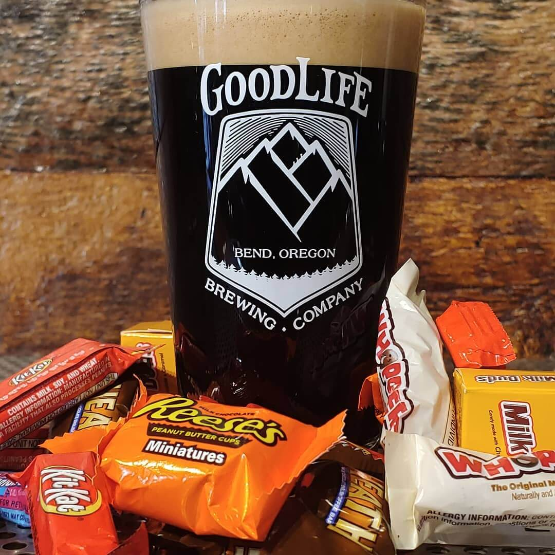 Happy Halloween. Pass Stout on Nitro at the pub tastes great with all that candy!