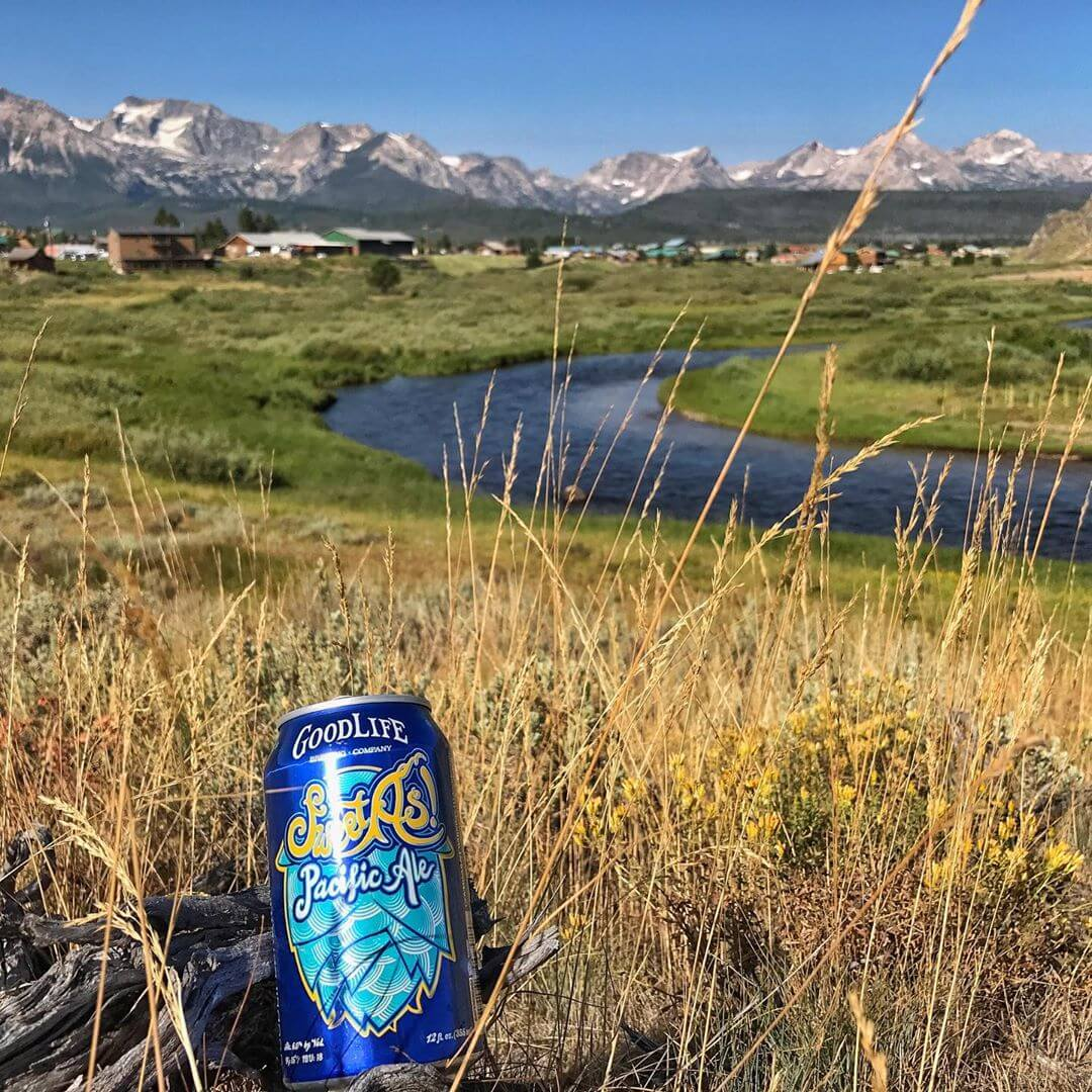 Jagged peaks and a smooth beer! #goodlifebrewing #sweetaspacificale