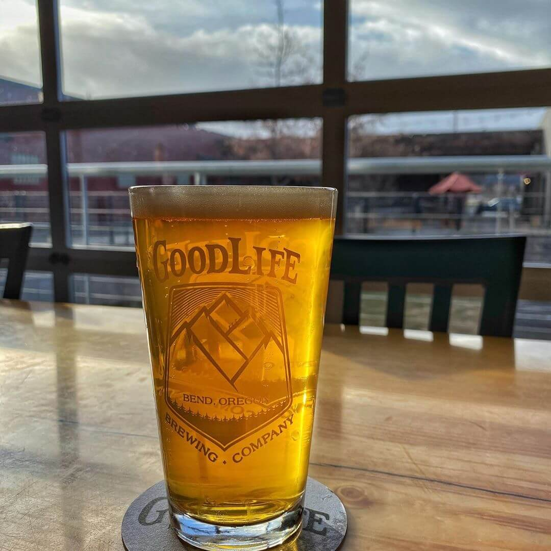 Our new Beach Life Dry Hopped Pale Ale looks like gold and tastes even better! At 5.8% and 30 IBU's, you're going to want to get to the pub and have some before it's gone!  #beachlife