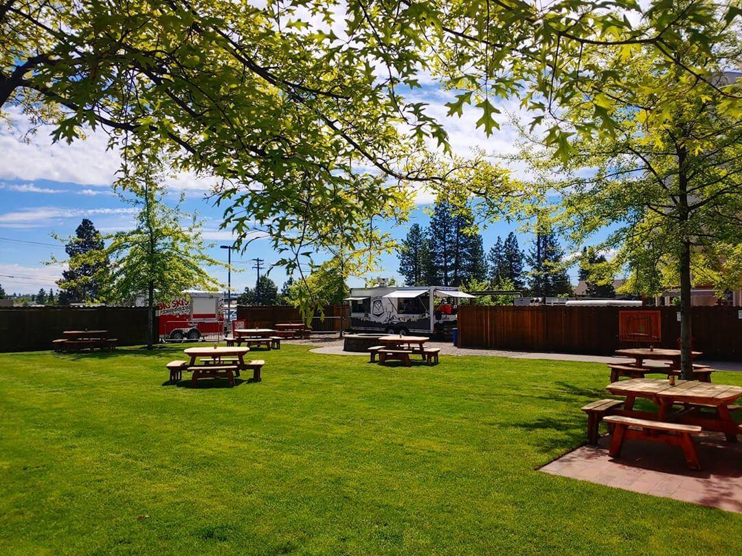 Its gonna be a beautiful day here in Bend. 85 sunny & the beers are cold!  #inbend #PNW #oregonbeer #openforbusiness
